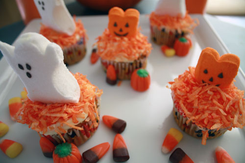 Decorating with Peeps and Candy Corn, easy and cute!